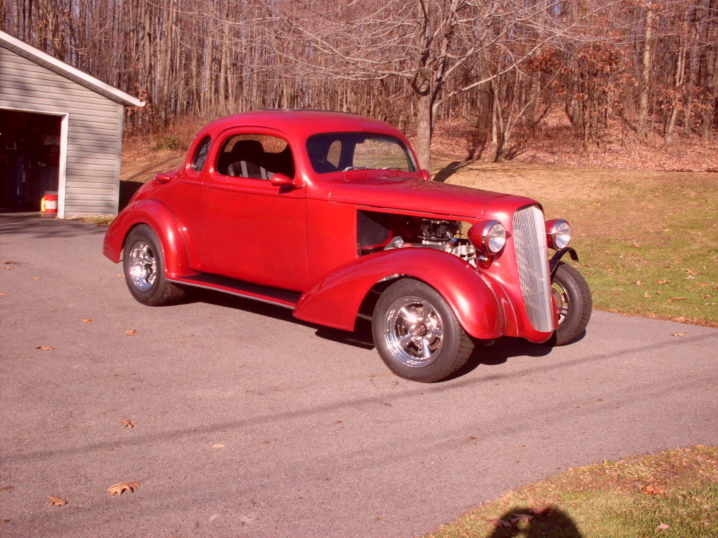 Beautiful old hot rod [model/year unknown]