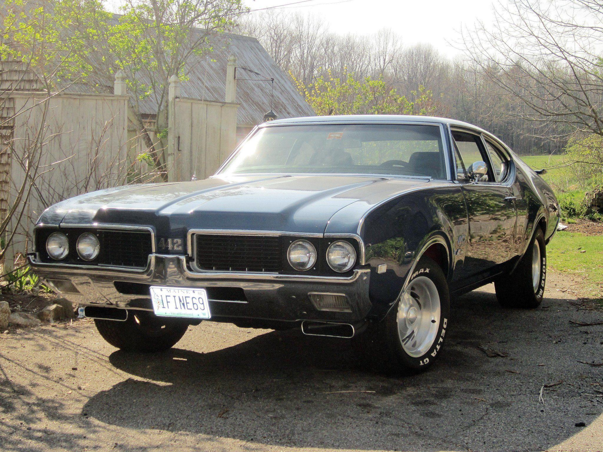 The ultimate muscle car from Oldsmobile [1969 Olds 442]