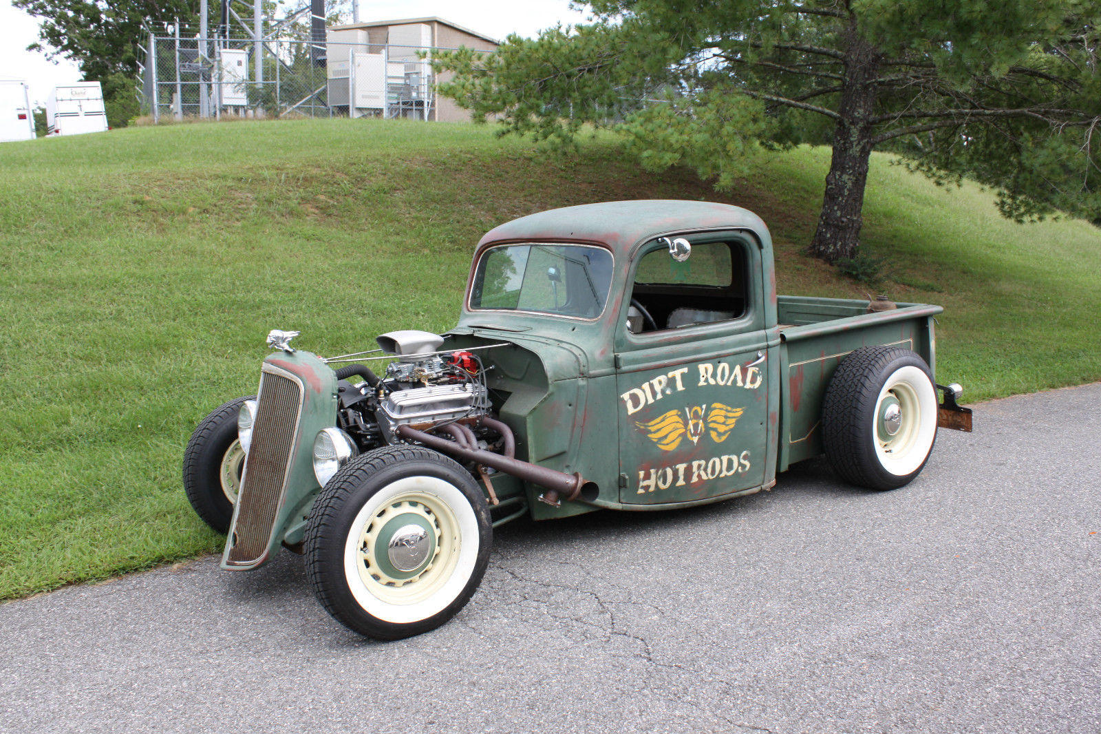 Dirt Road Hot Rods [1938 Ford rat rod w/ 350]