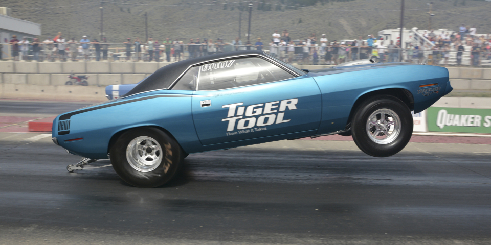 This 800+ HP 1970 Cuda is Absolutely SHREDDING the track!