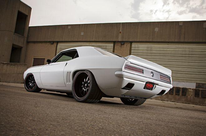 803hp 1969 Camaro By Detroit Speed Is A Pro Touring Monster