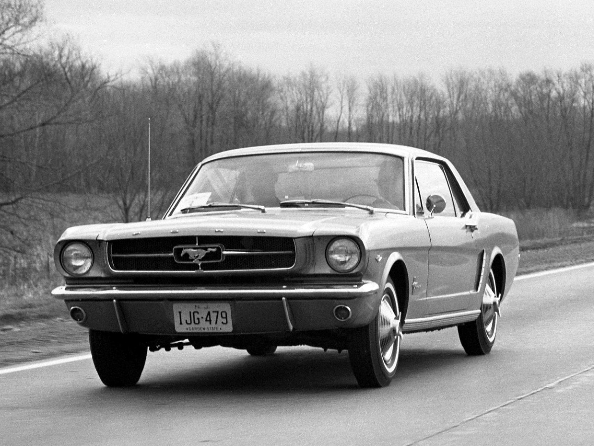 The History and Birth of the Ford Mustang [VIDEO]