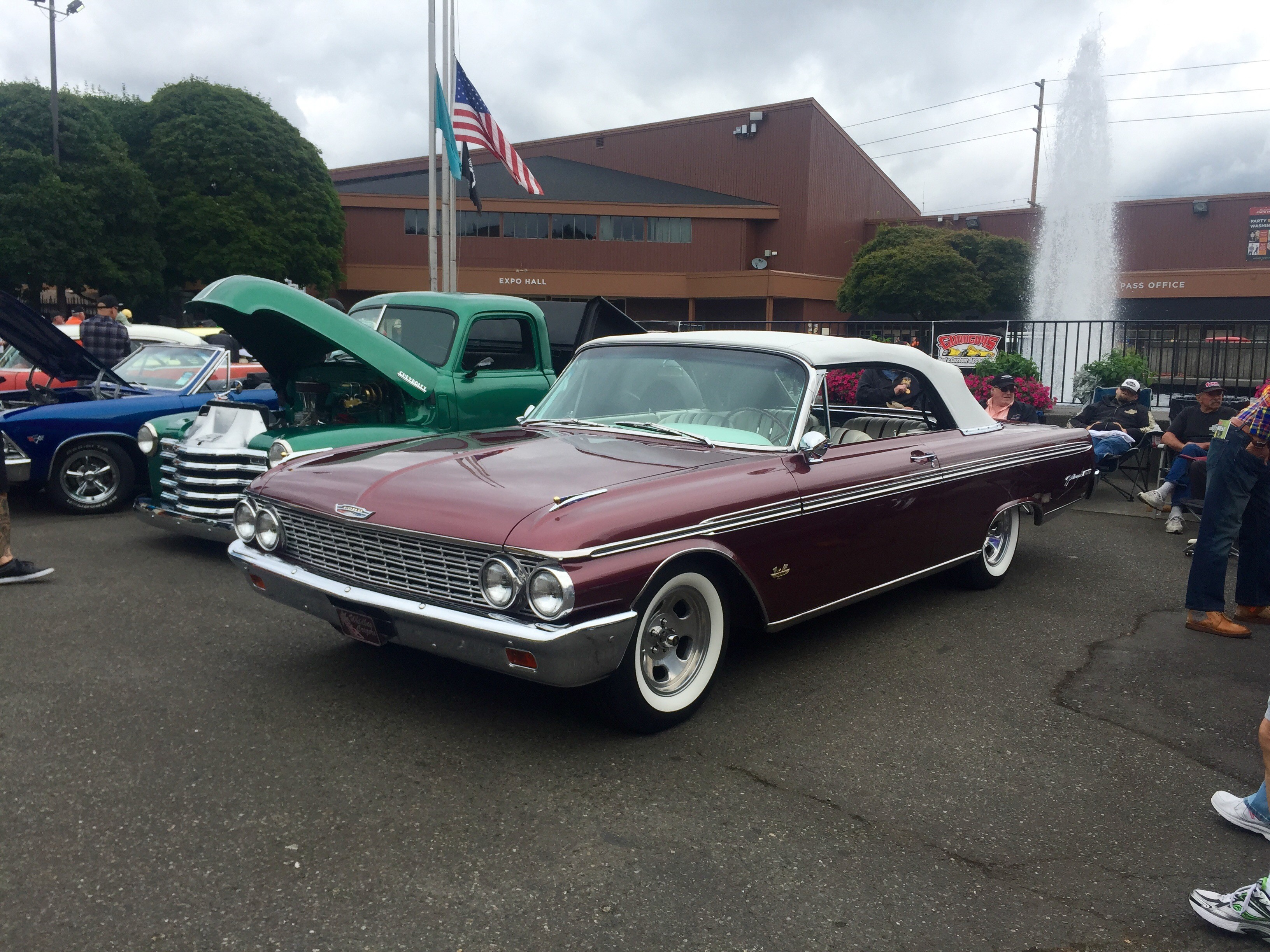 1962 Ford Galaxie XL Sunliner