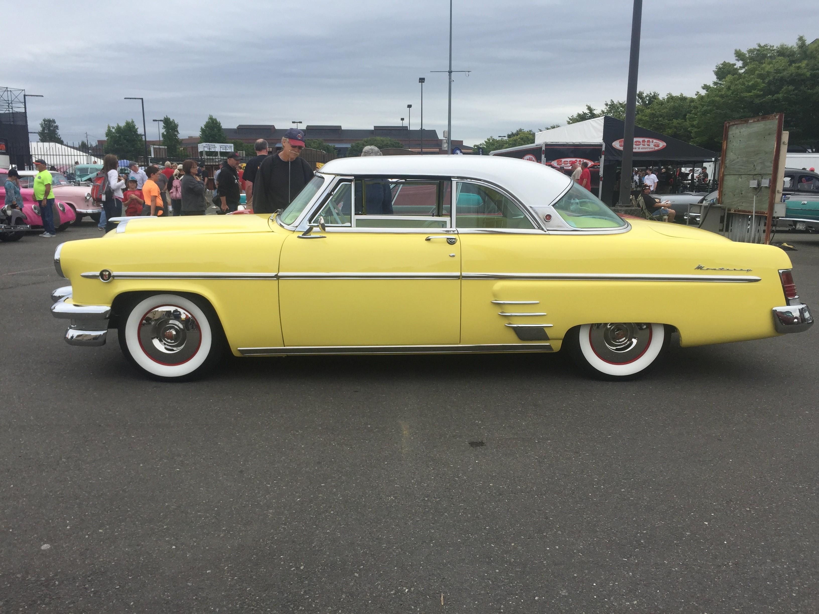 Stunning 1954 Mercury Monterey
