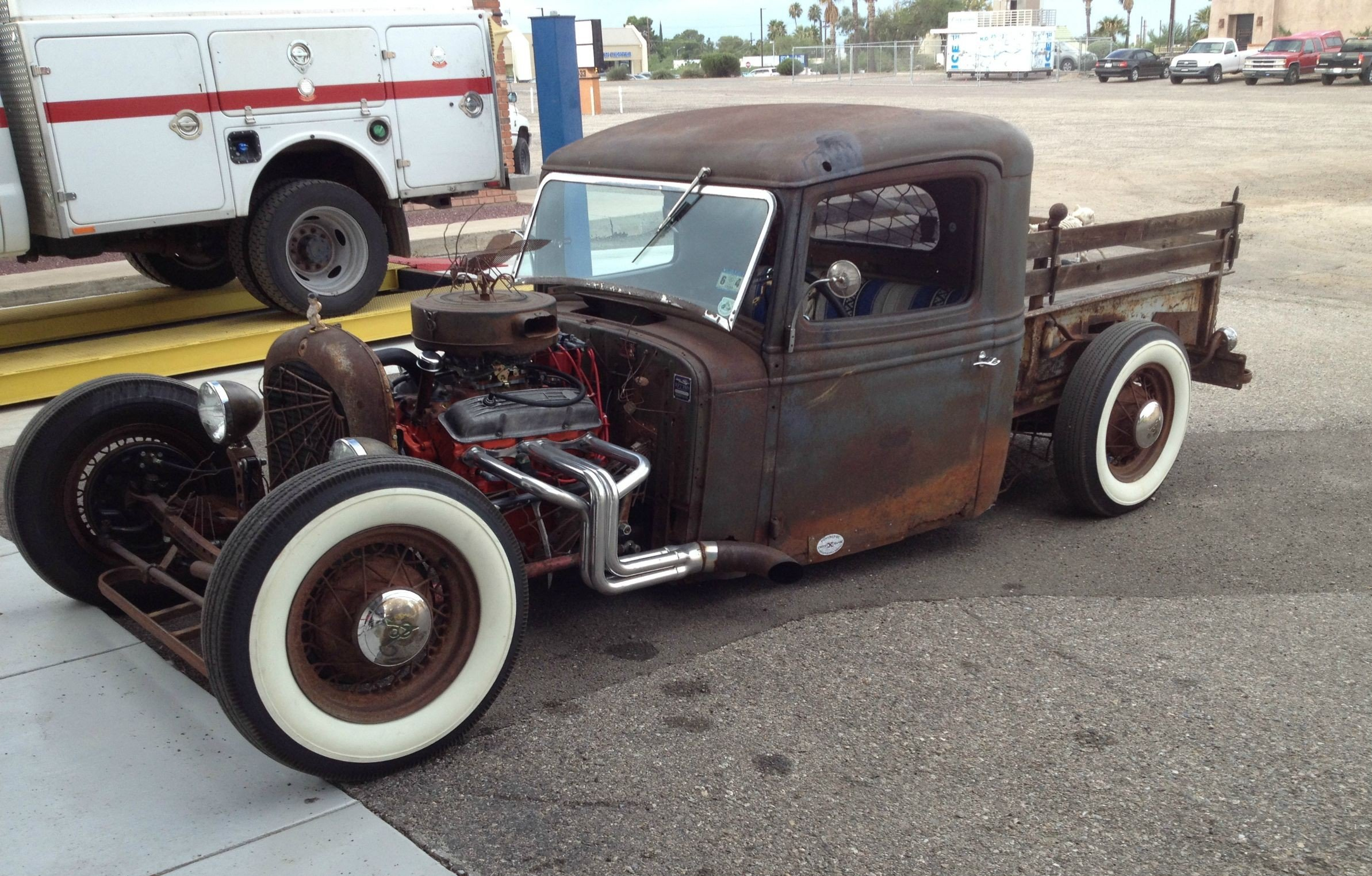 Rat Rod Saturday! '34 International with headers straight into a side dump