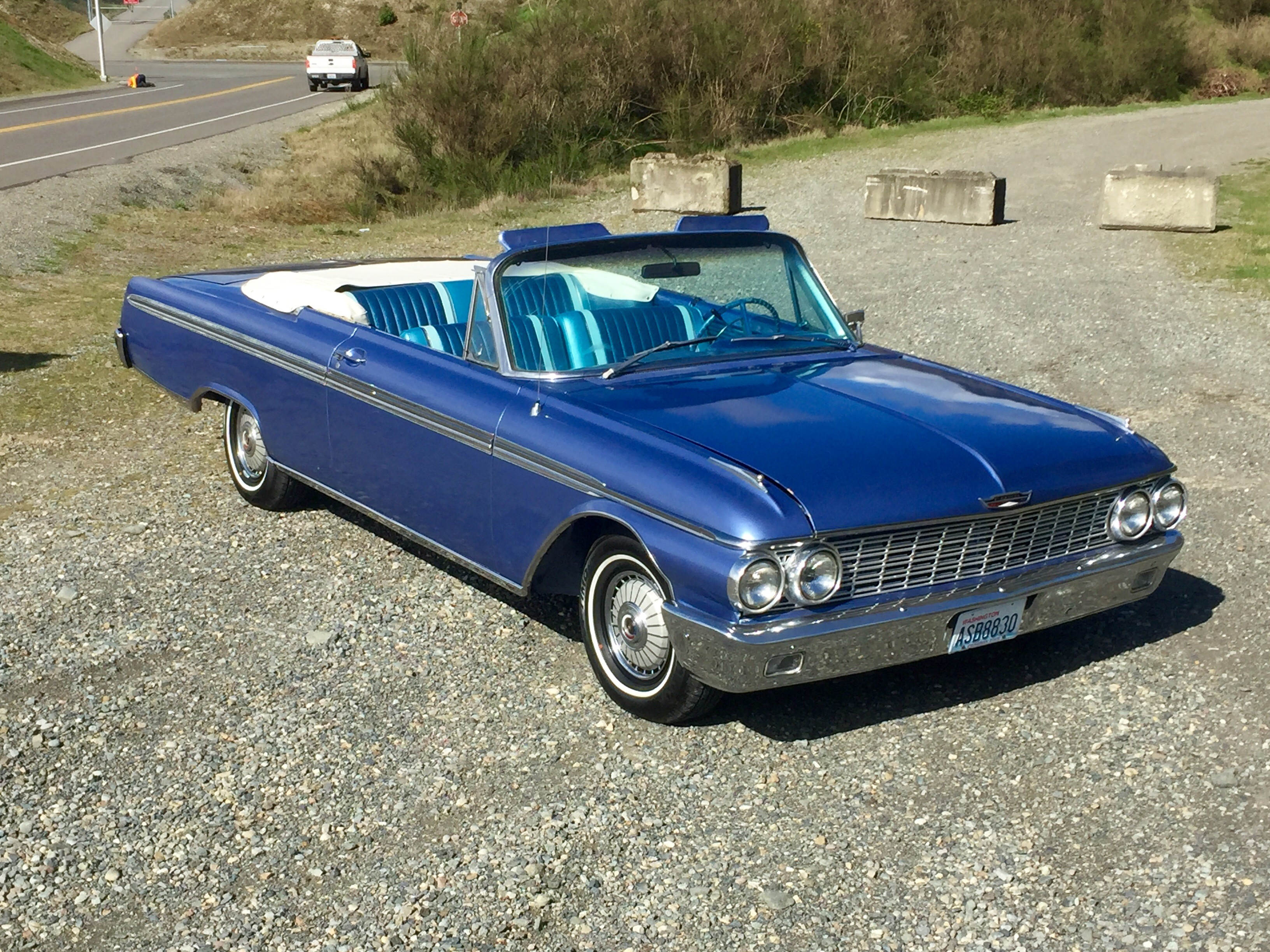 Pristine 1962 Galaxie 500 Sunliner on par with same year Impalas