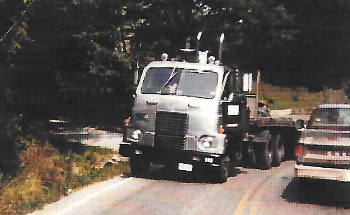 1964 International cab-over