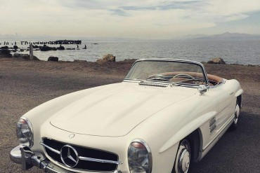 Beautiful white Mercedes 300SL Roadster, perfectly restored by HK Engineering