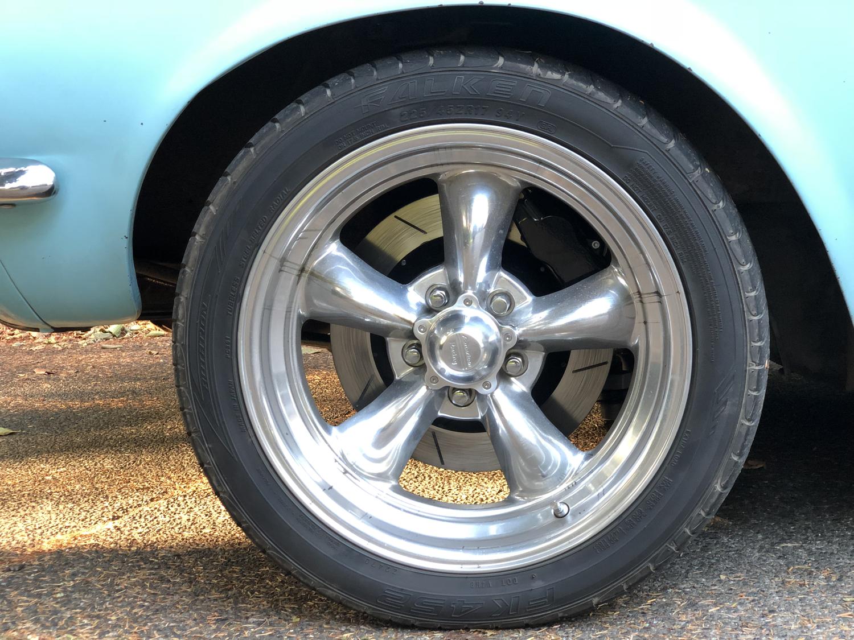 mustang disc brakes