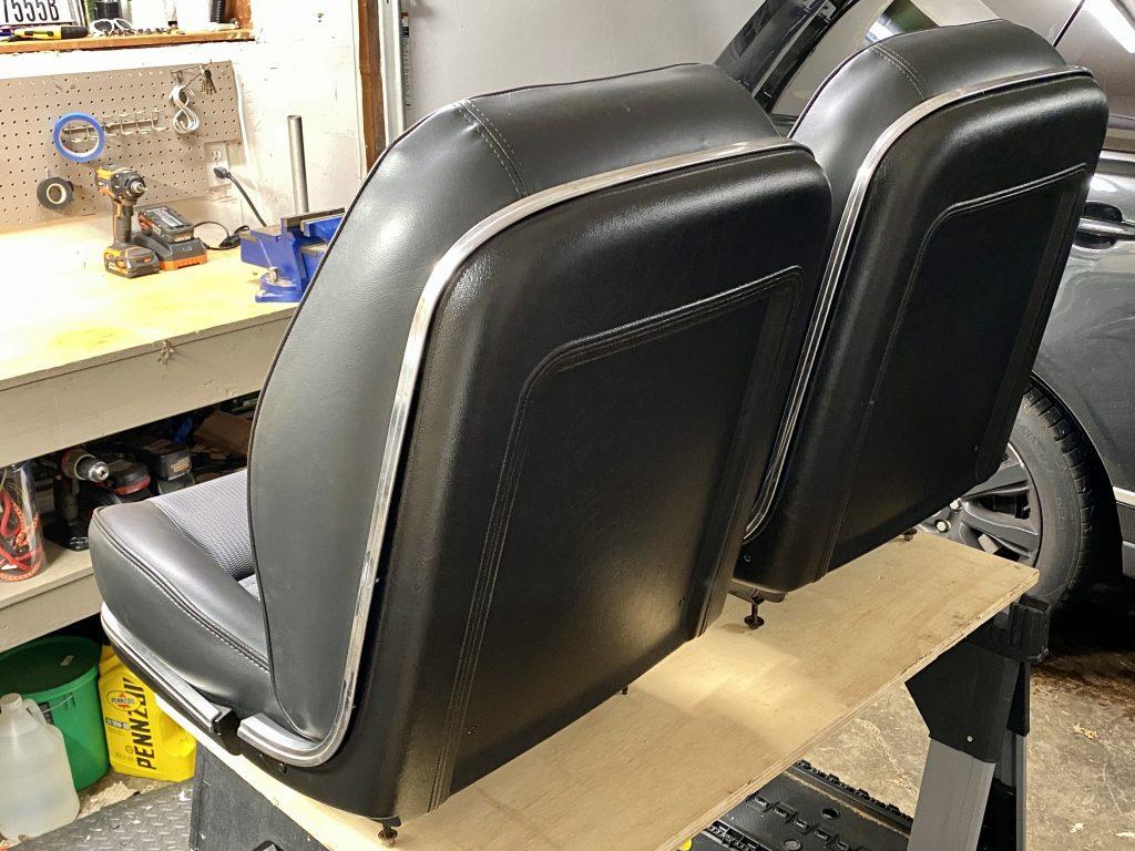 1967 mustang deluxe seats